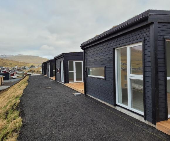 Niðara síða við terrassum